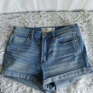 Abercrombie & Fitch High Rise Distressed Shorts 6